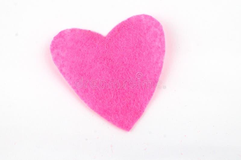 Corazón rojo de la materia textil hecha a mano Aislado en el fondo blanco fotos de archivo libres de regalías