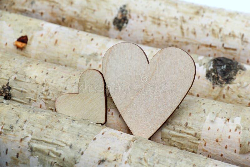 Corazón y fondo de madera imagen de archivo libre de regalías