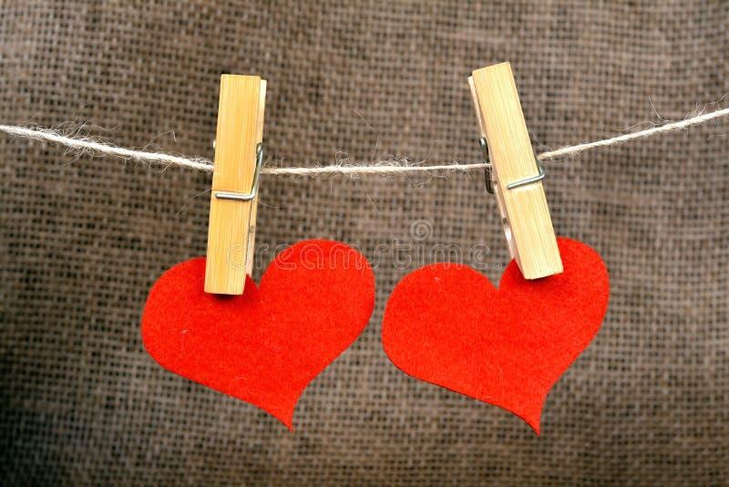 Download Corazón y pinza imagen de archivo. Imagen de tarjeta - 64211263