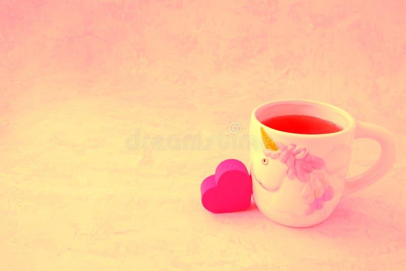 Corazón y té imagenes de archivo