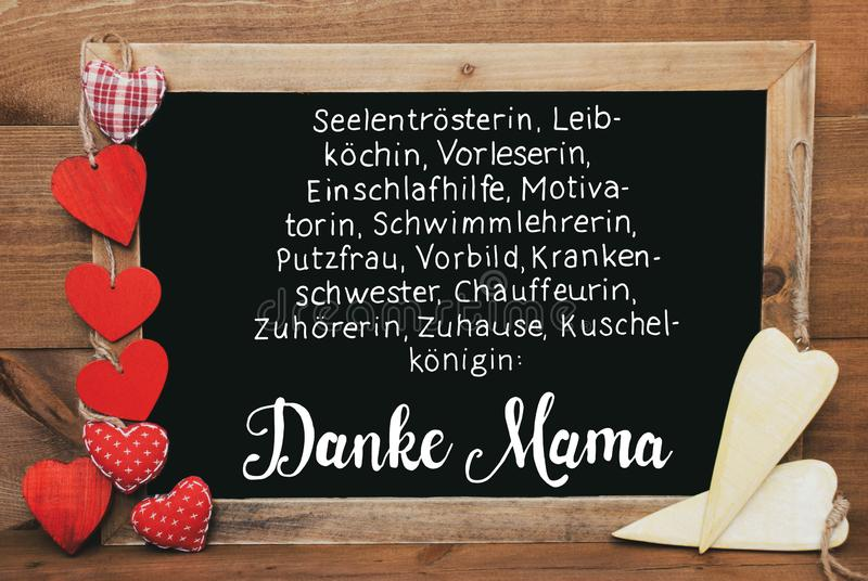 Corazones de Chalkbord, rojos y amarillos, mamá Means Thank You Mom de Danke de la caligrafía foto de archivo libre de regalías