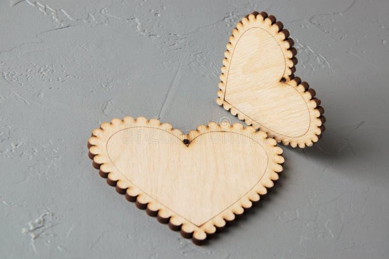 Download Corazones de madera imagen de archivo. Imagen de decoración - 100533007