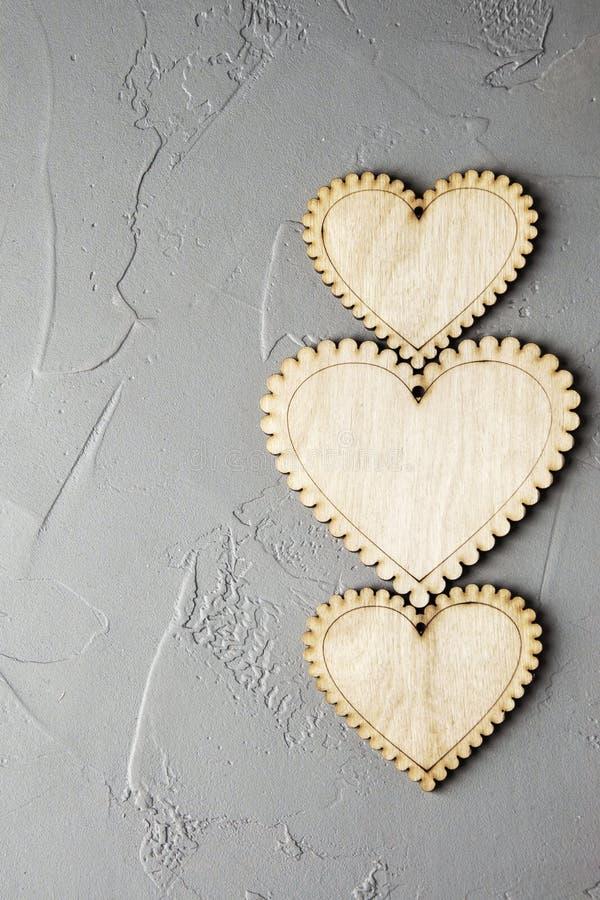 Download Corazones de madera foto de archivo. Imagen de espacio - 100533308