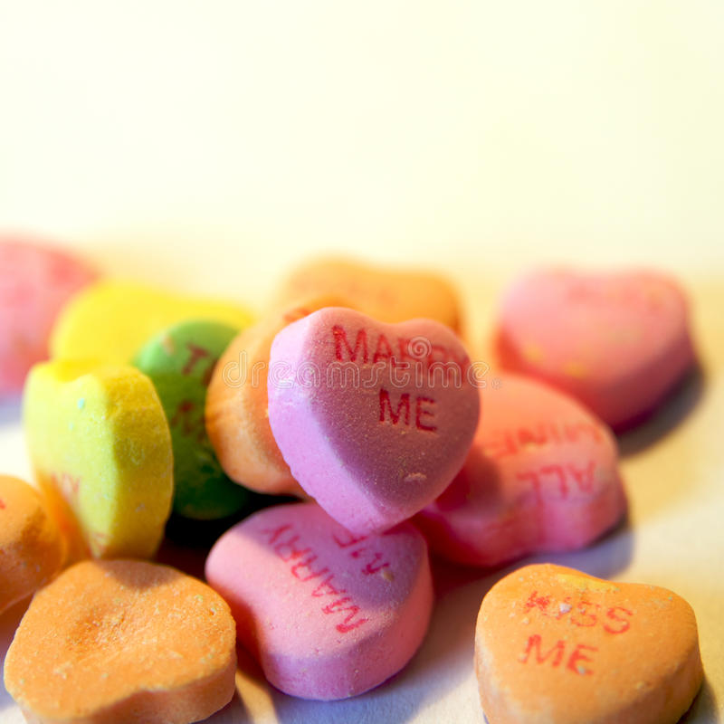 Corazones del caramelo fotos de archivo