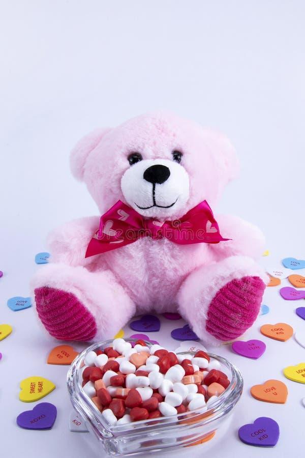 Corazones del caramelo del día de tarjetas del día de San Valentín imágenes de archivo libres de regalías