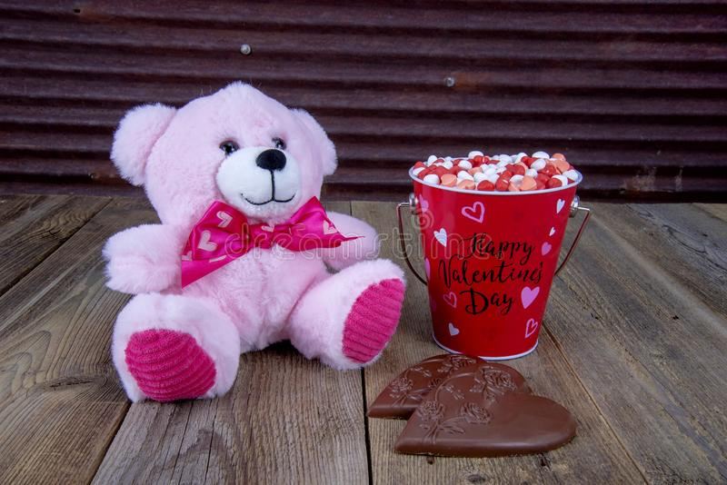 Corazones del caramelo del día de tarjetas del día de San Valentín imagen de archivo