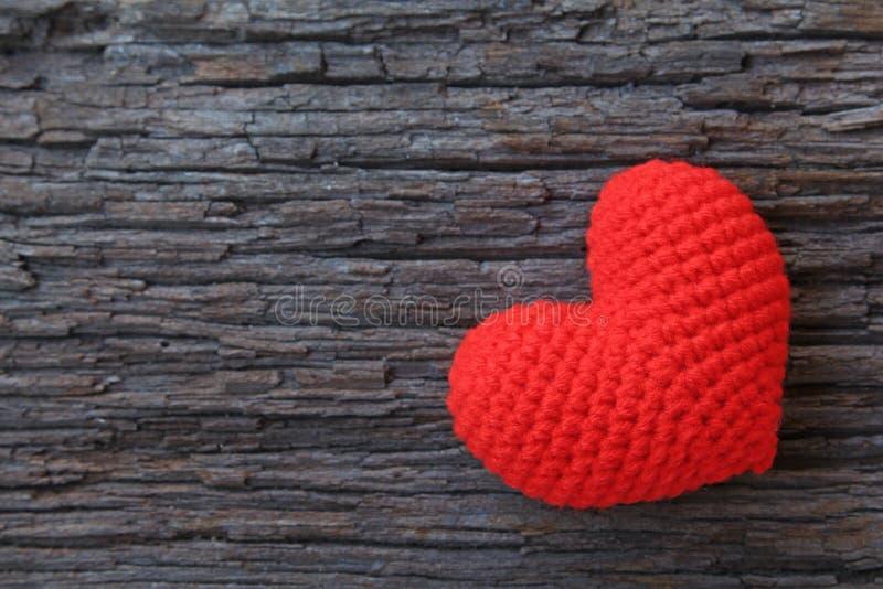 Download Corazones rojos foto de archivo. Imagen de marrón, corazón - 41917970