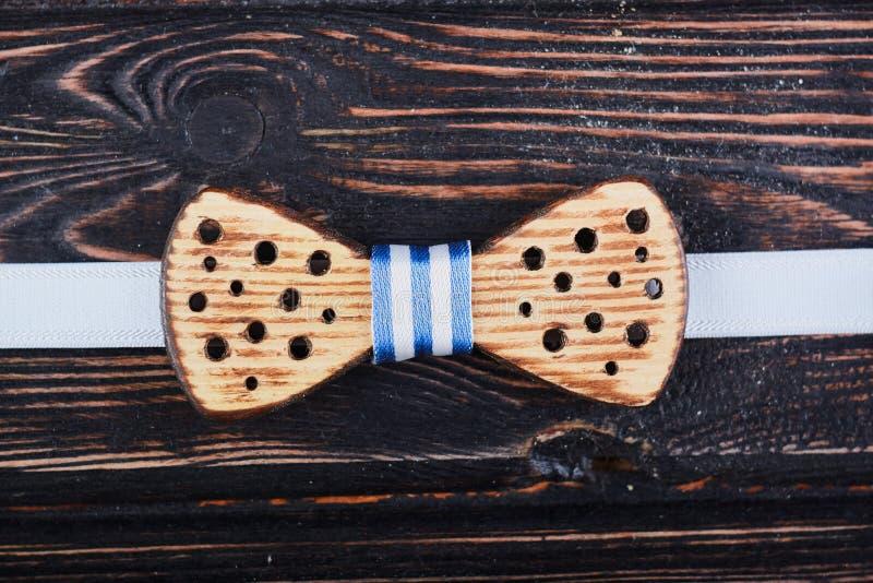 Corbata de lazo de madera fotos de archivo libres de regalías
