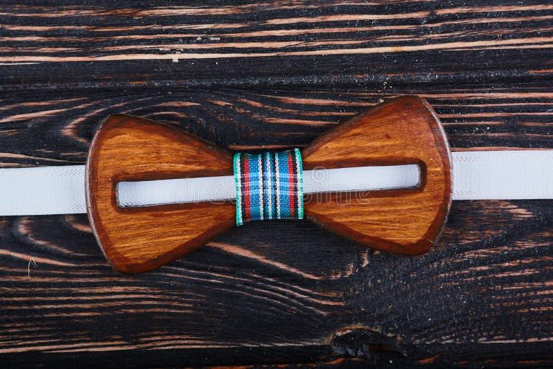 Corbata de lazo de madera imagen de archivo libre de regalías