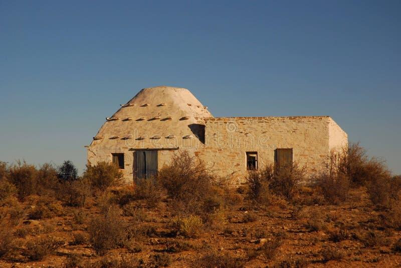 Corbee in der großen Karoowüste stockbild