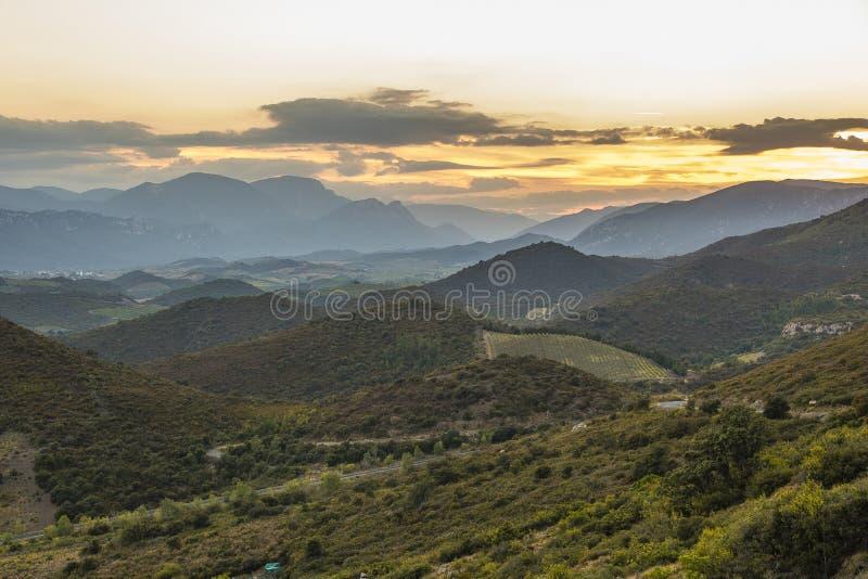 Corbieres berg, Frankrike royaltyfri fotografi