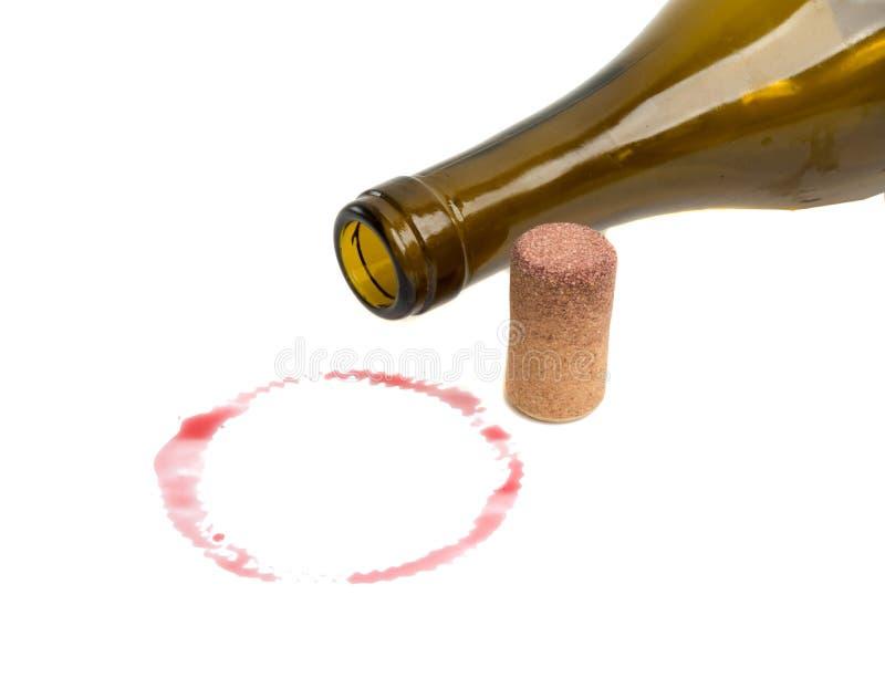 corcho y botella del vino aislados imagen de archivo
