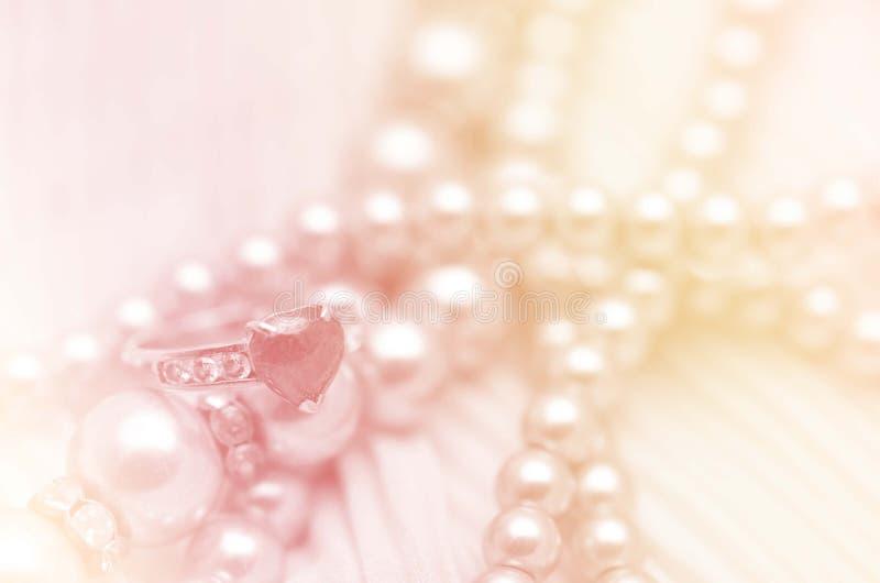 Cordón y perla de la boda imagen de archivo libre de regalías
