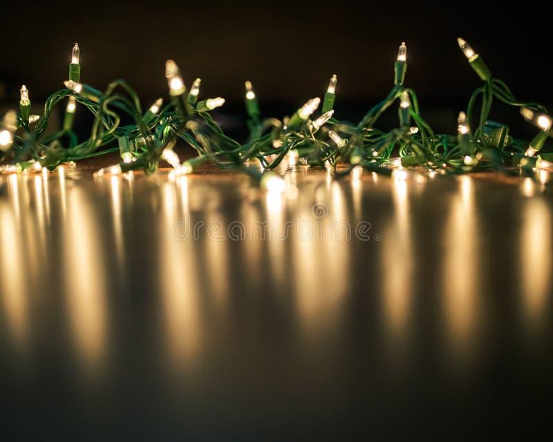 Corda das luzes de Natal fotografia de stock royalty free