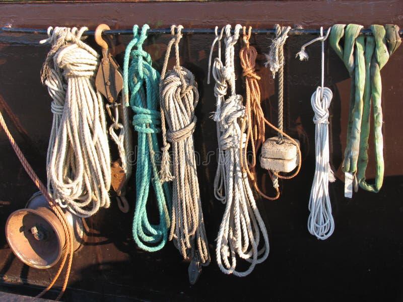 Download Corda do pescador imagem de stock. Imagem de marinha, barco - 63225