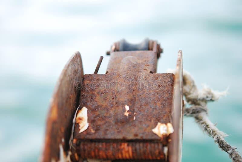 Corda do reboque do barco imagens de stock royalty free