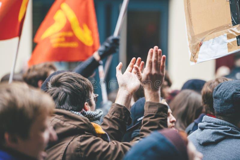 Corda francesa do governo de Macron do protesto das reformas imagens de stock