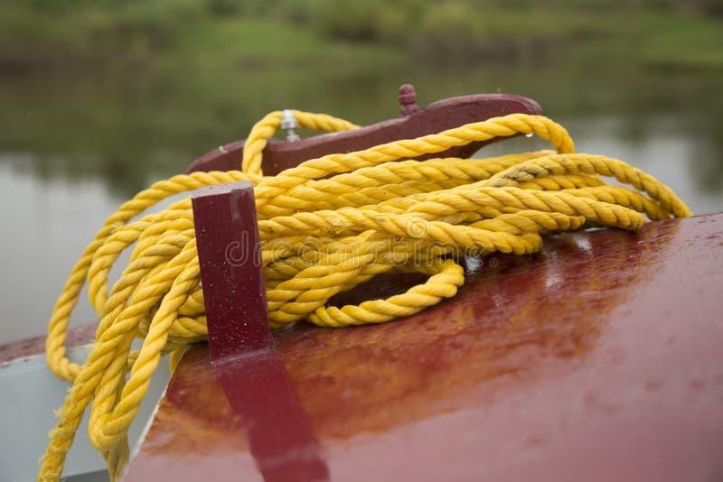 Corda gialla della nave fotografia stock