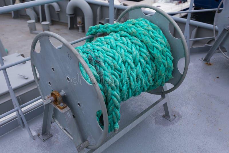 Corda náutica da amarração fotografia de stock royalty free