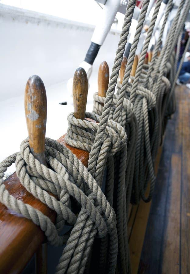 Cordas do navio fotos de stock