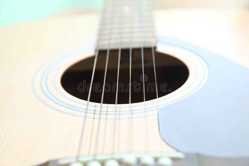 Cordas na guitarra imagem de stock