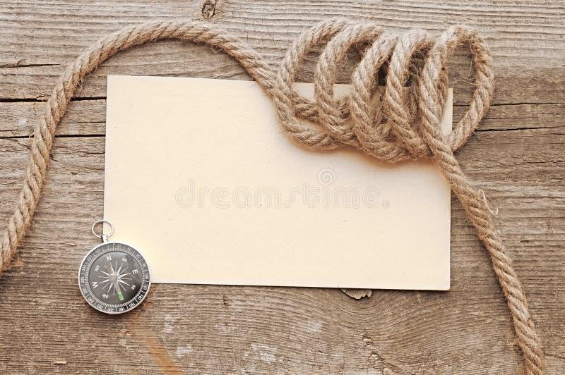 Corde e bussola fotografia stock libera da diritti