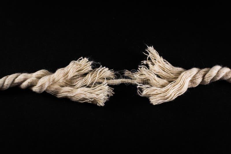 Corde et fil frangés sur le fond noir photos libres de droits