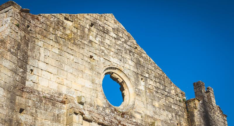 Cordeliers修道院的看法在历史名城圣Emilion,法国 库存图片