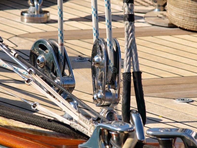 Cordes de bateau à voile photos stock
