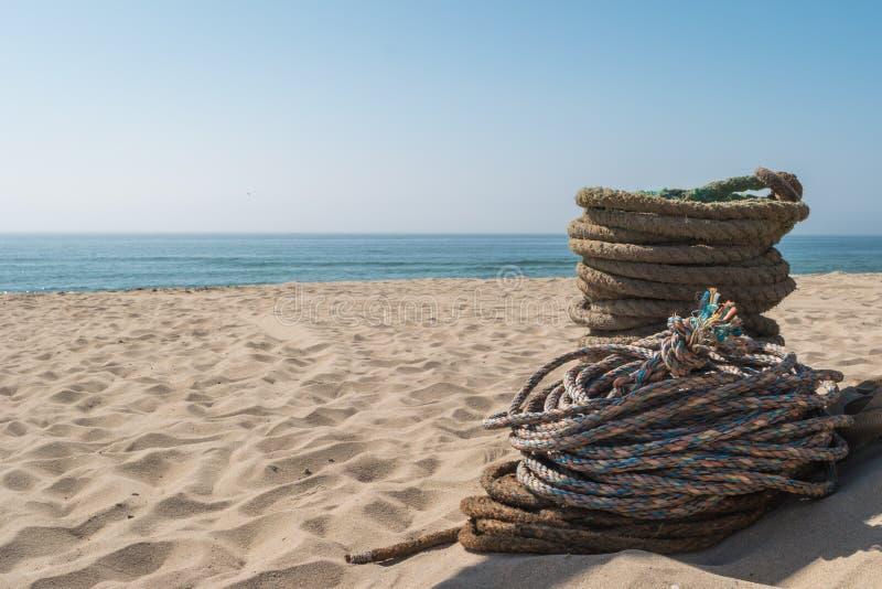 Cordes utilisées pour la pêche de pêche au chalut artisanale Cordes pour Arte Xa photos libres de droits