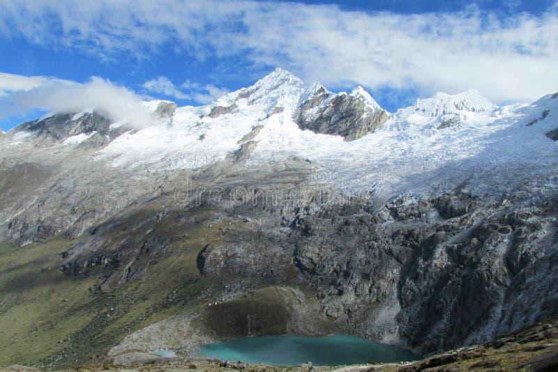 Cordillera Blanca Santa Cruz ślad fotografia stock