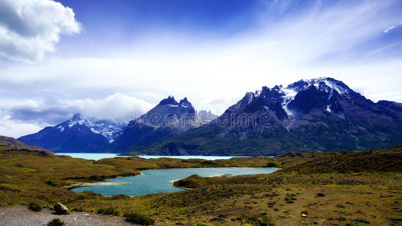 Cordillera Paine en el parque nacional del ` de Torres del Paine del `, Patagonia foto de archivo libre de regalías