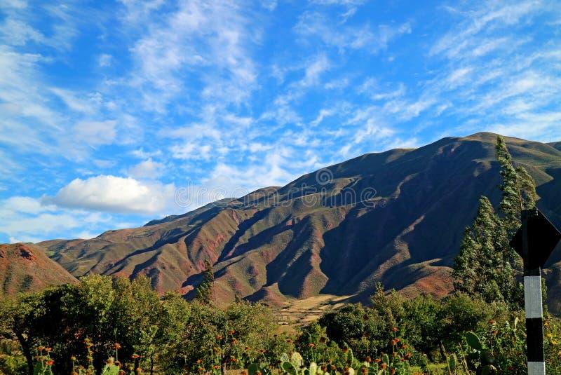 Cordilleras hermosas de Ollantaytambo, valle sagrado de los incas, Urubamba, Cusco, Perú imagen de archivo libre de regalías