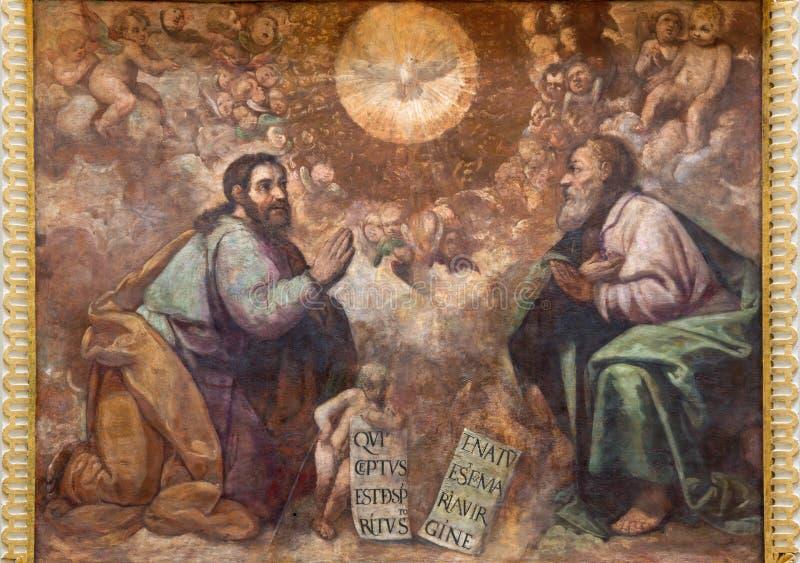 Cordoba - фреска святой троицы в церков Iglesia de Сан Augustin стоковая фотография rf