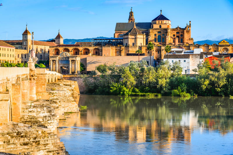 Cordoba - domkyrka Mezquita, Andalusia, Spanien royaltyfria foton