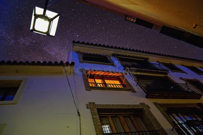Cordoba gator på det historiska området royaltyfri foto