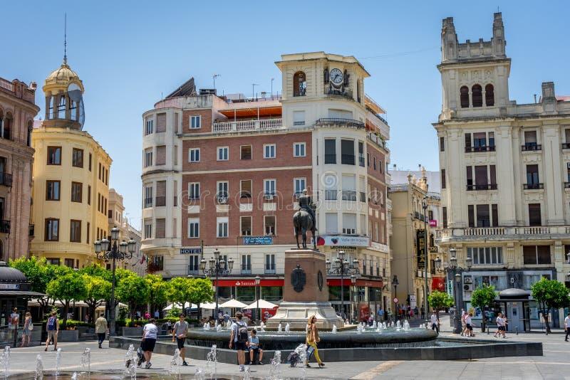 Cordoba Spanien - Juni 20: Centret, Plaza de las Tendill fotografering för bildbyråer