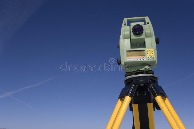 Cordon étudiant sous le ciel bleu photographie stock