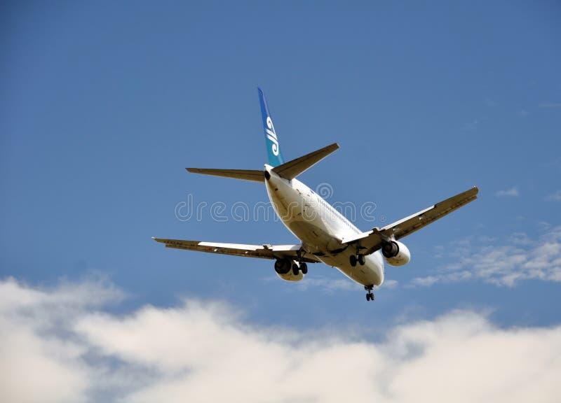 Cordons d'Air New Zealand Boeing 737 à Christchurch photographie stock libre de droits