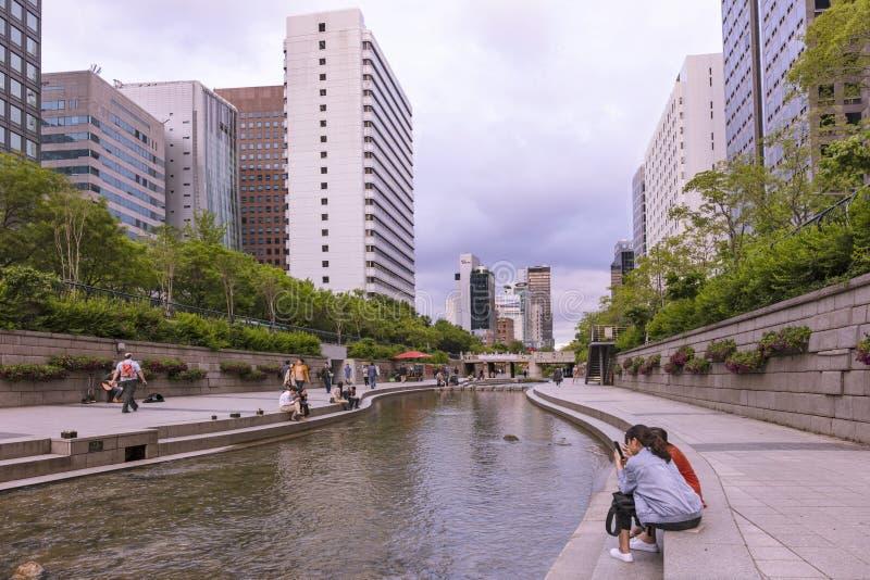 Corea del Sur de Seul de la corriente de Cheonggyecheon fotos de archivo