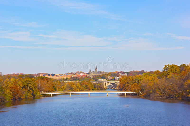Cores do outono em Georgetown, Washington DC fotografia de stock