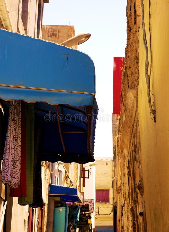 Cores nas ruas de Marrocos, África fotos de stock royalty free
