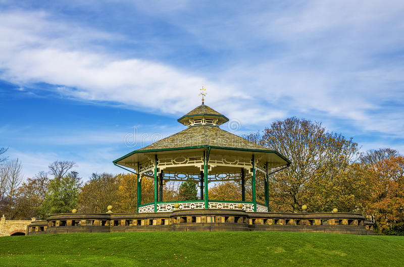 Coreto, parque de Greenhead, Huddersfield, Yorkshire, Inglaterra fotografia de stock royalty free