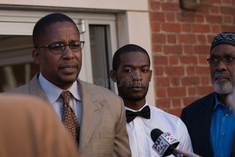 Corey Długi areszt przy Charlottesville sąd rejonowy, sąd okręgowy z Malik zulu Shabbaz zdjęcie royalty free