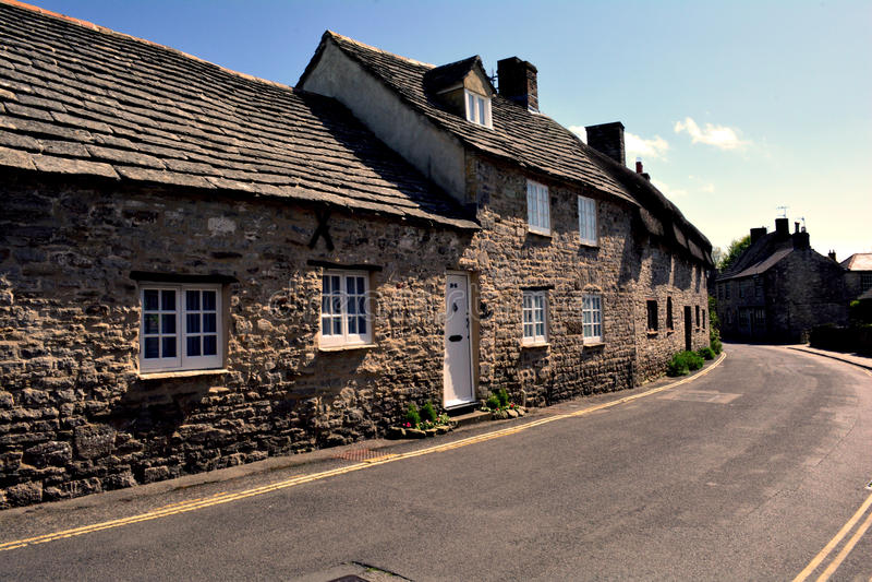 Corfe城堡,英国典型的英国村庄  免版税库存图片