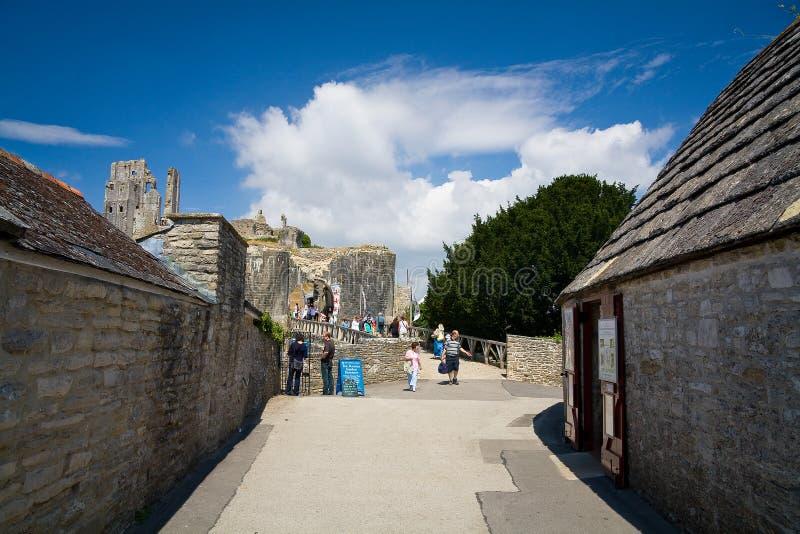 Corfe slott, Dorset, UK royaltyfri foto