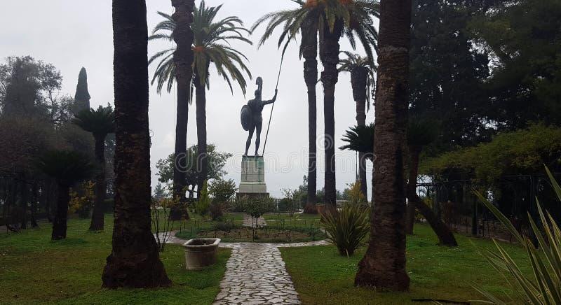 CORFU, GRECJA Styczeń 21, 2018: Statua Achilles w Achilleion pałac imperatorowa Austria Elisabeth Bavaria w Corfu islan zdjęcie stock