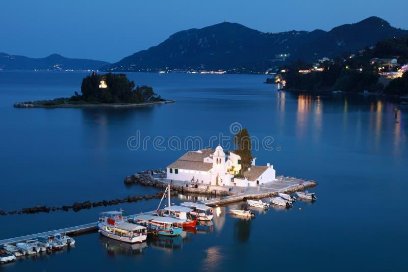 Corfu przy noc obrazy royalty free