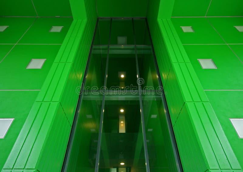 Download Coriandoli delle case fotografia stock. Immagine di costruzione - 7302022