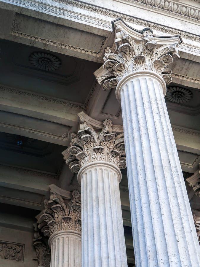 Corinthische kolommen, Kazan Kathedraal, St. Petersburg, Rusland stock foto